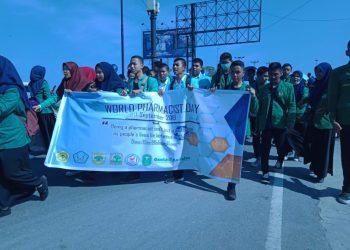 Ikatan Senat Mahasiswa Farmasi Seluruh Indonesia (ISMAFASI) Kota Padang mengadakan World Pharmacist Day (WPD) sebagai bentuk peringatan hari apoteker se-dunia, Minggu (23/9/2018) ( Foto:   )