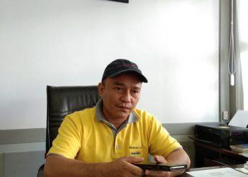 Dekan FIB Unand, Hasanuddin, saat ditemui di ruangannya, Rabu (3/4/2019)
