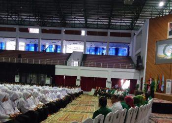 Mahasiswa baru Unand jalur SBMPTN 2019 mengikuti kegiatan TAC di Auditorium Unand, Senin (22/7/2019).