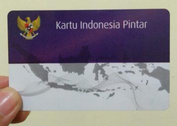 Kartu Indonesia Pintar (KIP) kuliah yang harus dimiliki penerima Bidikmisi 2020, Rabu(29/01/2020). (Foto : Nurul 'Ain)